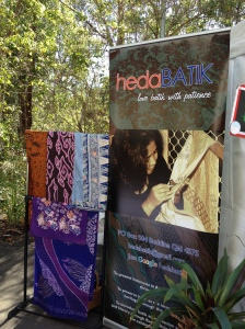 Doing hedaBATIK Clinic at University of Griffith